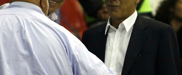 Aslan'da istifa krizi