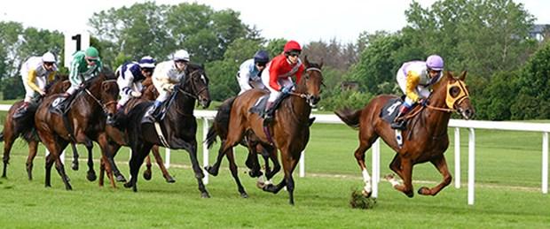 At yarışlarında saatler değişiyor