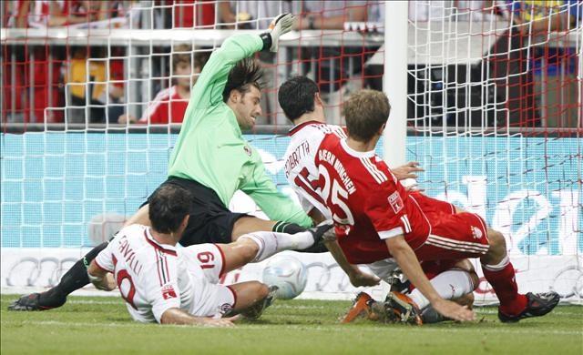 B.Münih: 4 - Milan: 1