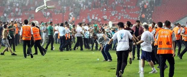 futbolda şiddet.jpg