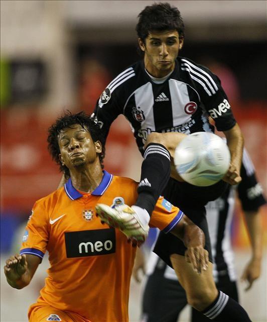 Beşiktaş Porto ile golsüz berabere kaldı