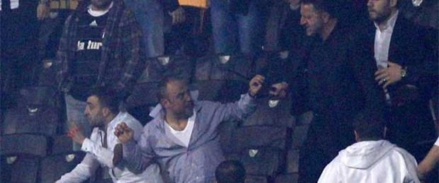 Beşiktaş'ta taraftara dayak istifa getirdi