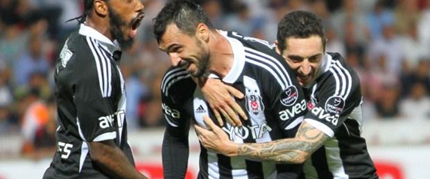 Beşiktaş'tan 'ekmeğe muhtaç' yanıtı
