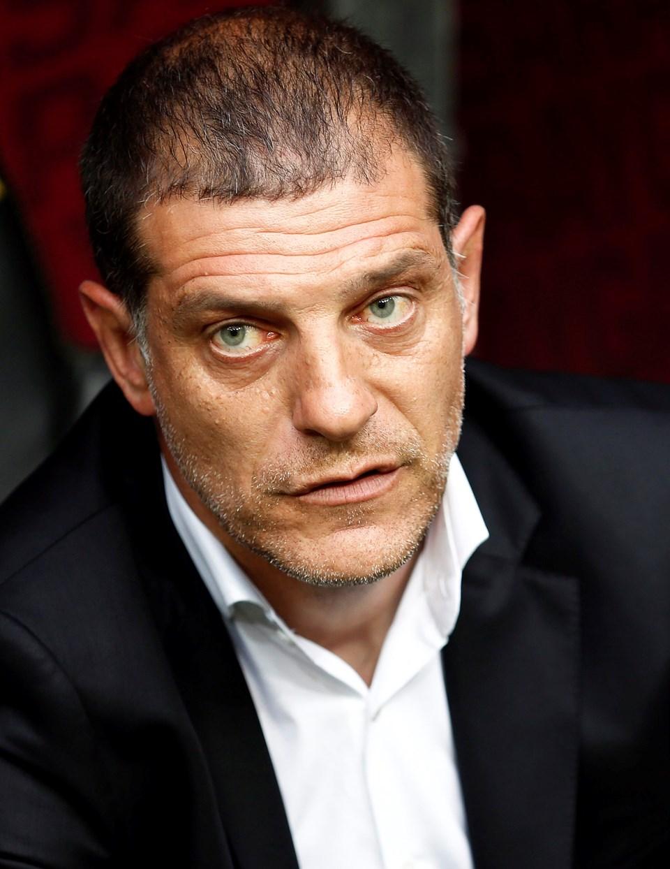 Slaven Bilic, West Ham gibi bir bütçeli takımla dördüncü torbadan gelen Romen takımıAstra Giurgiu'ya elenince İngiliz basınında eleştirilerin hedefi oldu.