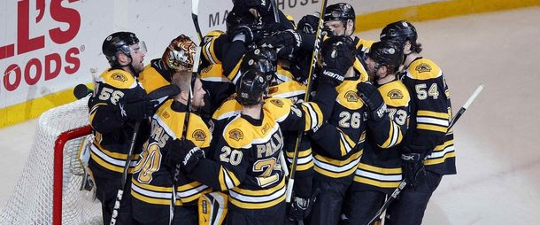 Boston Bruins yarı finalde