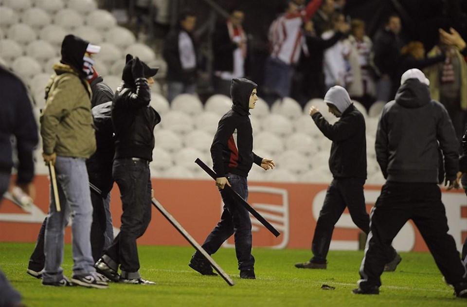 Bu fotoğraflar bir UEFA maçından