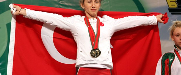 Daşdelen'den 3 altın madalya