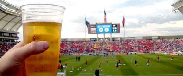 'Dünya Kupası'nda bira satılmalı'