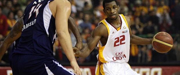 Efes-Galatasaray karşı karşıya