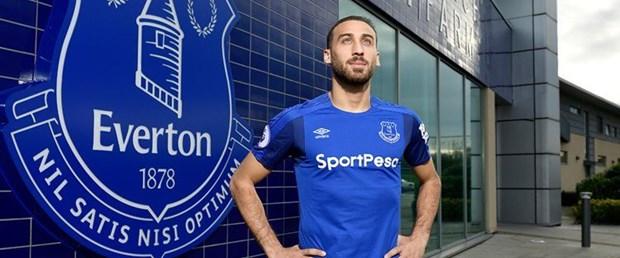 Everton Cenk Tosun ile ilgili görsel sonucu