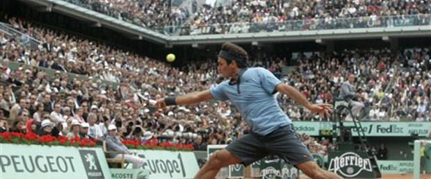 Federer koleksiyonu tamamladı