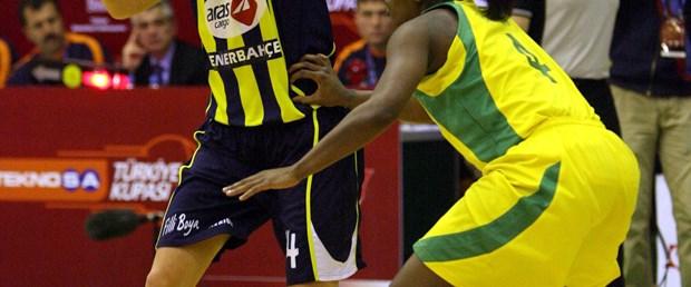 Fenerbahçe de yarı finalde