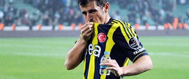 Fenerbahçe Emre ve Webo'yu borsaya bildirdi
