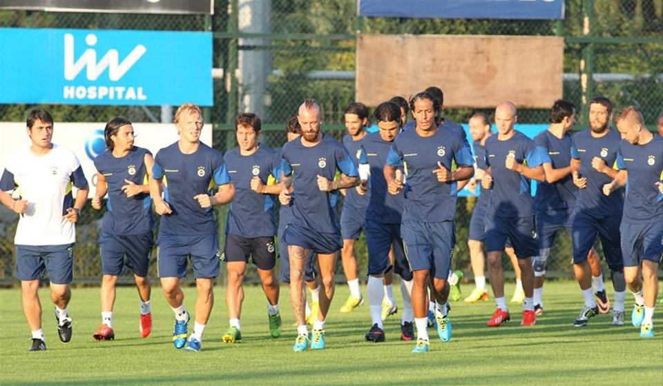 Fenerbahçe hem sahada hem masada