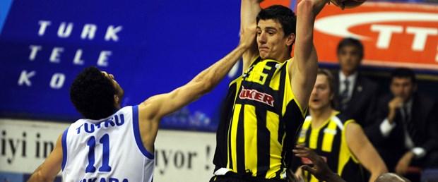 Fenerbahçe Ülker avantajlı: 79-85