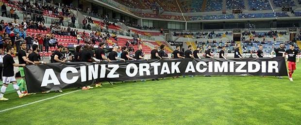 Fenerbahçe ve Kayserispor Soma'yı unutmadı