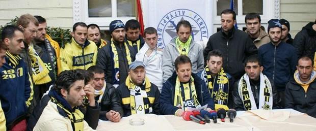 Fenerbahçeli taraftarlardan protesto