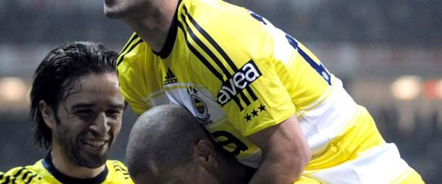 Fenerbahçe'yi Alex-Semih sırtlıyor