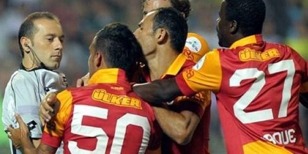 Galatasaray Engin Baytar'a ceza kesti