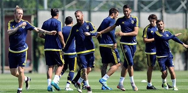 Galatasaray-Fenerbahçe maçı ne zaman, hangi kanalda, saat ...: http://www.ntv.com.tr/spor/galatasaray-fenerbahce-maci-ne-zaman-hangi-kanalda-saat-kacta-turkiye-kupasi,lNogik1GEUW6n4kr3yFYlA