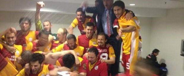 Galatasaray kupayı soyunma odasında almadı