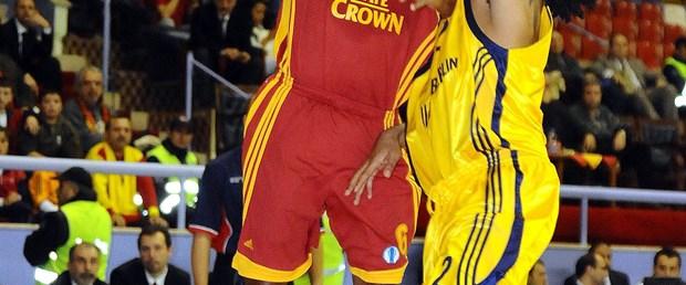 Galatasaray zorlanmadı: 93-79