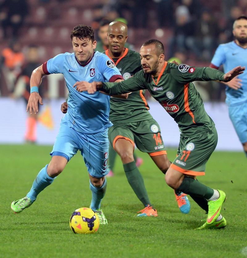 Gol düellosu Trabzon'un