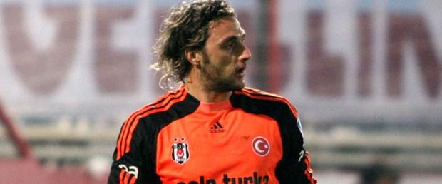 Hakan Arıkan Beşiktaş'ta kaldı