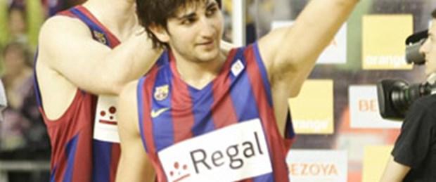 İlk randevuda Barça Real'i avladı