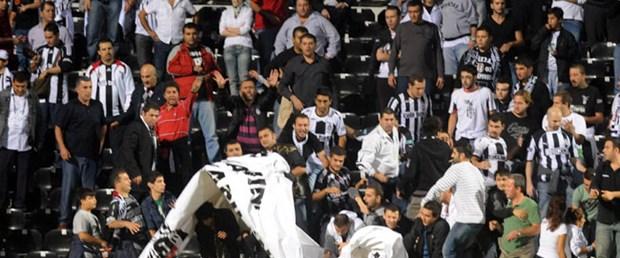 İnönü Stadı'nda kaos