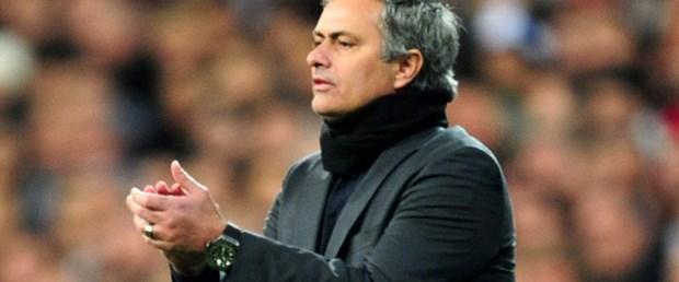 Mourinho-saat-22-03-15