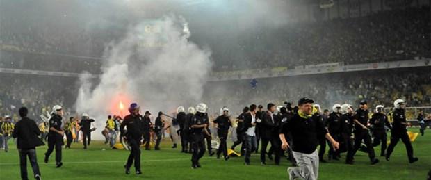 Kadıköy'de biber gazı!