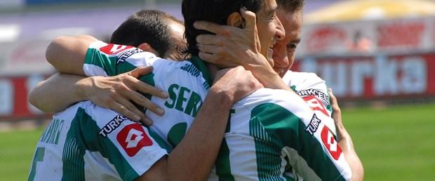 Konyaspor evinde güldü: 2-0