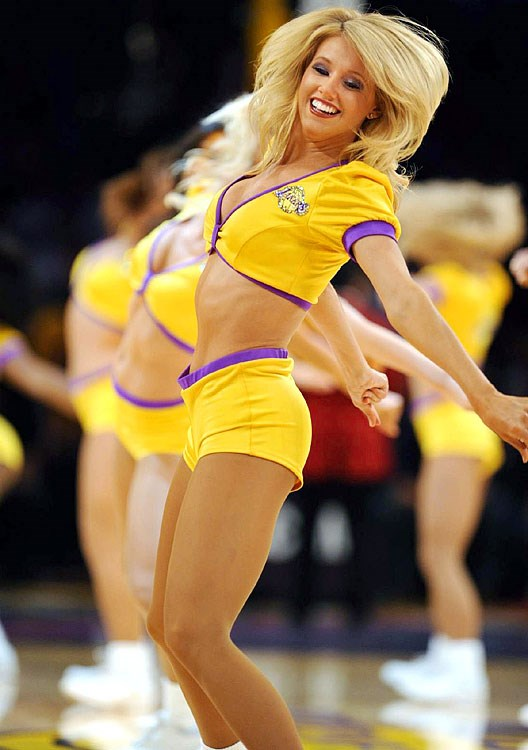 naked-laker-cheerleaders-xxgifs-naked-small-soft-vagina