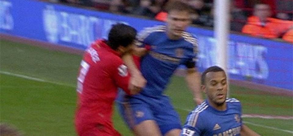 2013 yılında Luis Suarez bu ısırık sonrası 10 maç ceza almıştı.