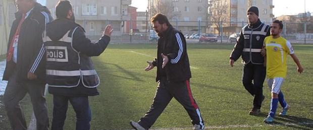 amator-macta-futbolcu-hakemin-burnunu-kirdi_2429_dhaphoto4.jpg