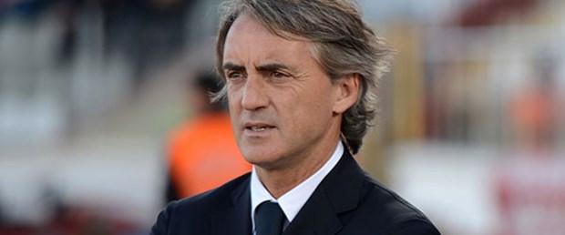 Mancini Galatasaray'da kalıyor