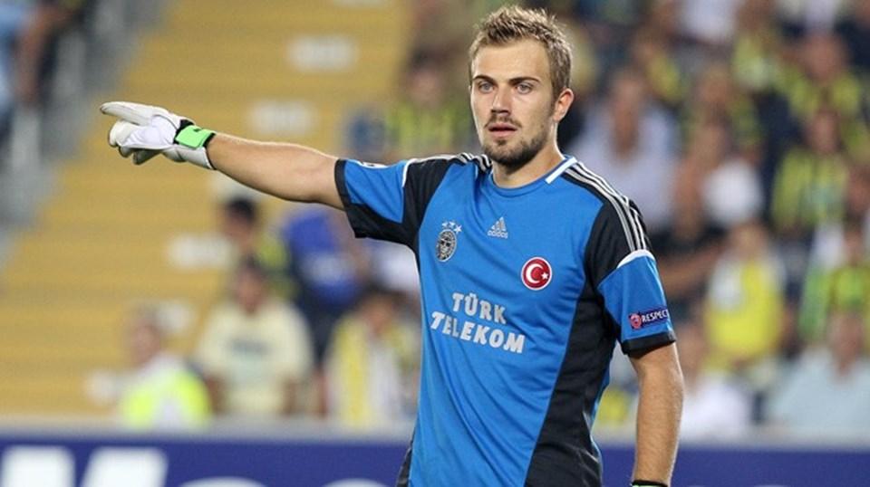 Haziran ayında Fenerbahçe ile olan sözleşmesi yenilenmeyen Mert Günok, Bursaspor ile anlaşmıştı.