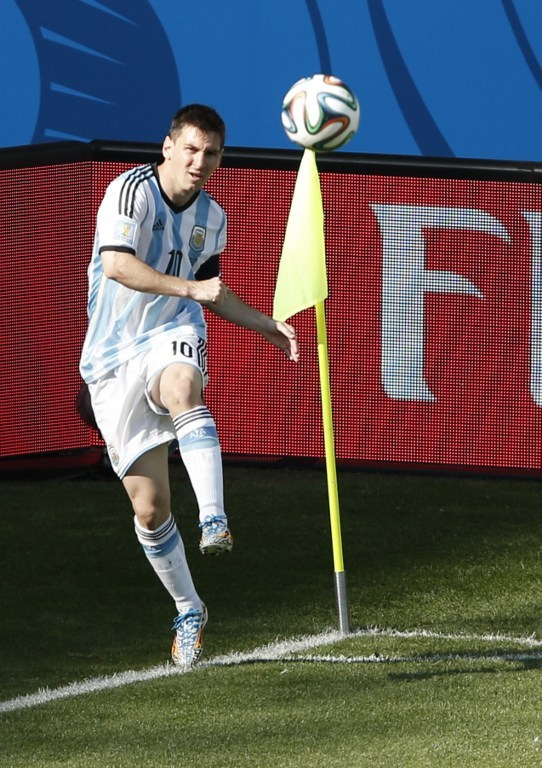 Messi İran'ı yasa boğdu