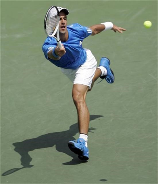 Miami: Djokovic Federer'i eledi