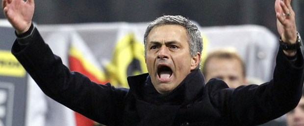 Mourinho'ya 13 bin euro ceza