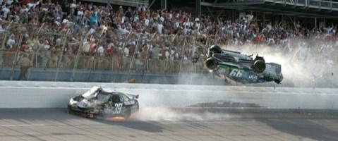 NASCAR'da olaylı yarış Keselowski'nin