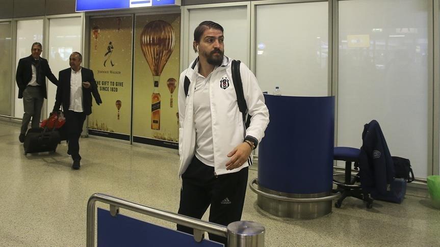 Caner Erkin de Olympiakos maçı kafilesinde yer adlı.