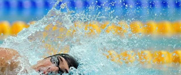 Phelps'e 3 ay ceza