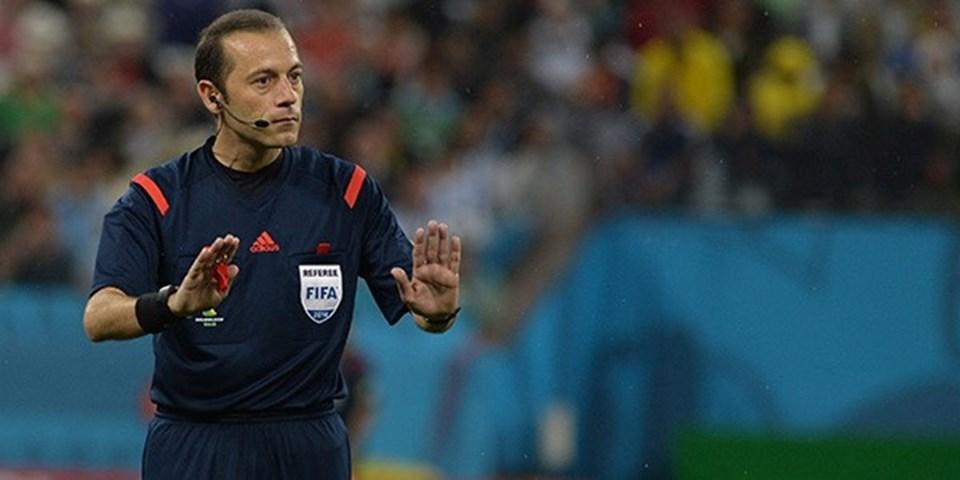 Cüneyt Çakır, PSG-Chelsea maçı ile bu sezon Şampiyonlar Ligi'nde 4. kez düdük çaldı.