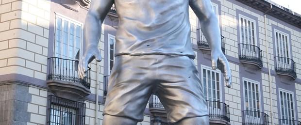 Ronaldo'nun heykeli dikildi