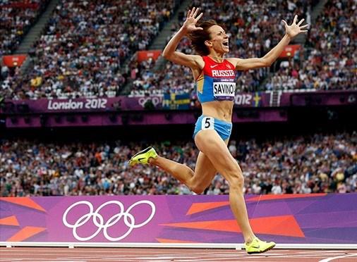 Mariya Savinova, 2012 Londra Olimpiyatları 800 metrede altın madalya kazanmıştı.