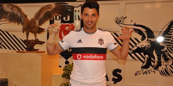 Beşiktaş, Hamburg'tan transfer ettiği Tolgay Arslan'la3,5+1 yıllık sözleşme imzaladı.