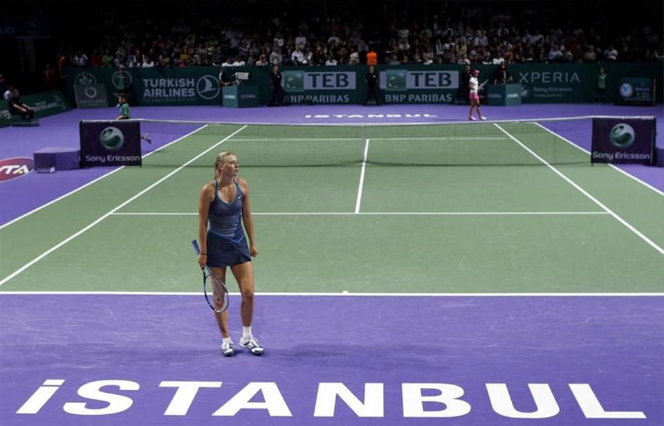 Sharapova İstanbul'da kayıp