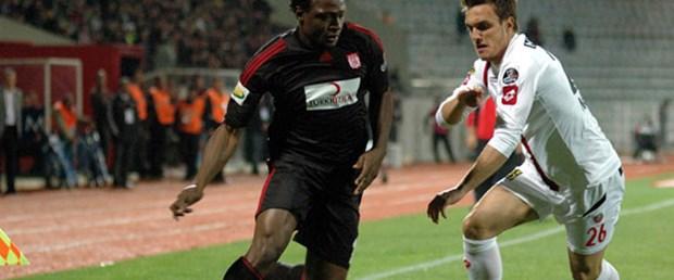 Sivasspor fırsat tepti!